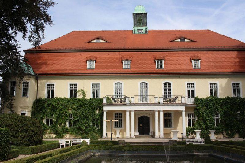 Schlossgebäude Schloss Schweinsburg