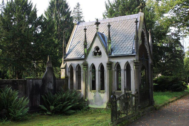 Verfallener Friedhof Osnabrück
