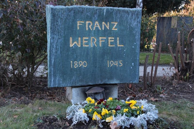 Grab von Franz Werfel auf dem Zentralfriedhof in Wien