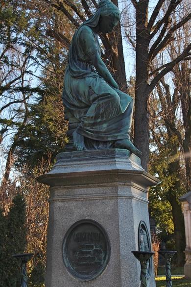 Denkmal für Mozart auf dem Zentralfriedhof in Wien