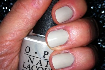 """NOTD """"Did you ear about van Gogh?"""" von OPI"""