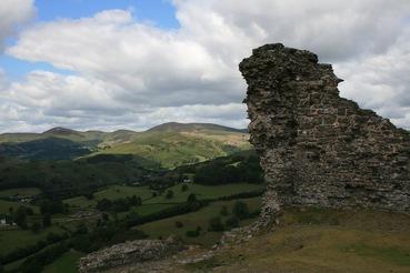 Castell Dinas Bran in Wales – schon wieder eine Gralsburg