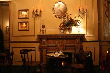 """Café """"El bosc des les fades"""" Barcelona – ein Zauberer- und Märchencafé"""