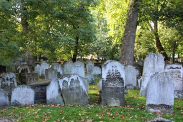Bunhill Fields Cemetery, London