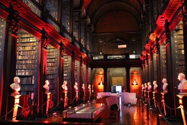 "Die ""Old Library"" in Dublin"