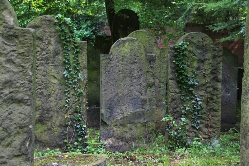 Jüdischer-Friedhof12