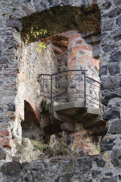 Burg_Staufenberg11