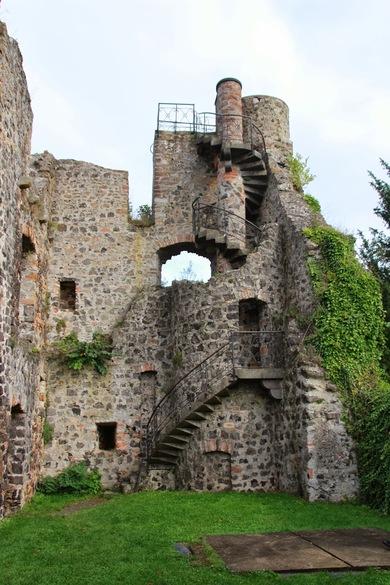 Burg_Staufenberg4