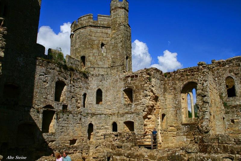 Bodiam_Castle5