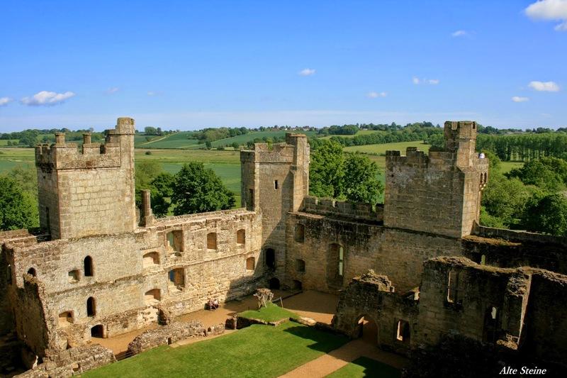 Bodiam_Castle9