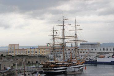 Nicht schön aber sehenswert – Brest, Bretagne