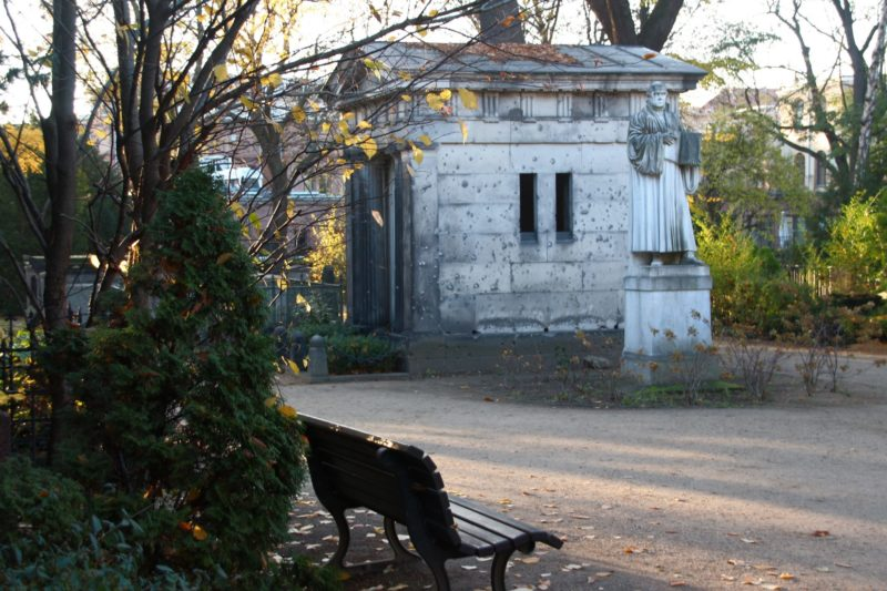 dorotheenstadt-alter-friedhof-berlin-2