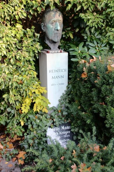 grab-heinrich-mann-alter-friedhof-berlin