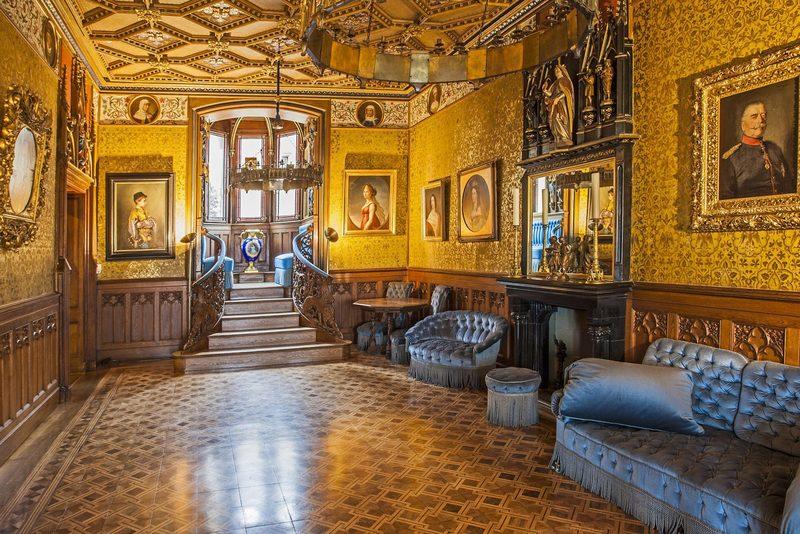 Prunkvolle und glamouröse Räume der Burg Hohenzollern