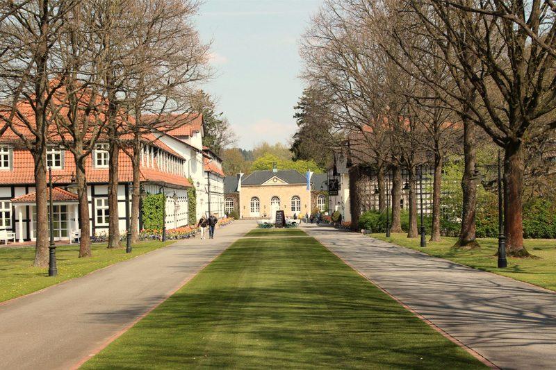 Hotel, Restaurant, Trinkhalle, Gräflicher Park, Bad Driburg, Ostwestfalen