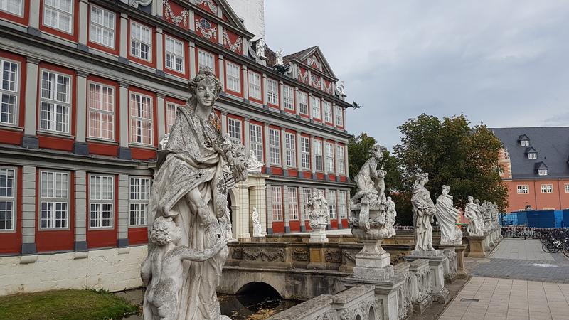 Schloss Wolfenbüttel, Barockschloss Niedersachsen, Schule im Schloss