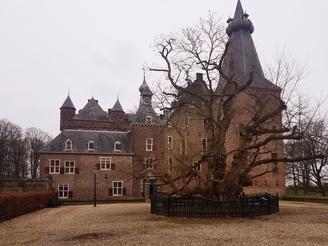 Schloss Doorwerth bei Arnheim – Geheimnisse, Geister und frivole Liebe