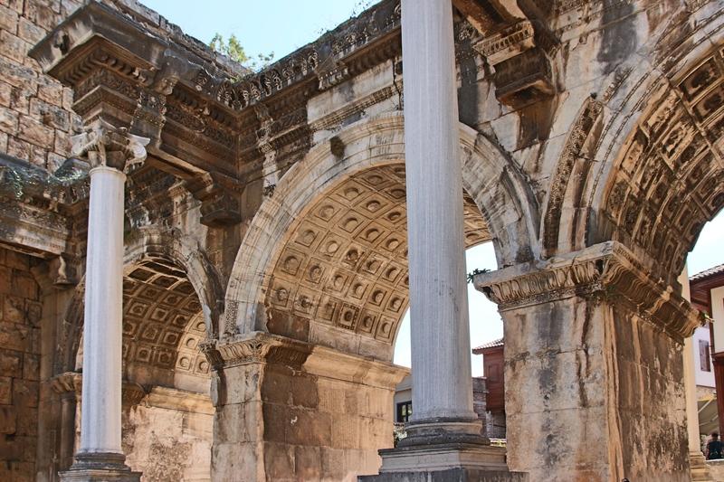 Sehenswürdigkeiten Antalya, römische Ruinen in Antalya