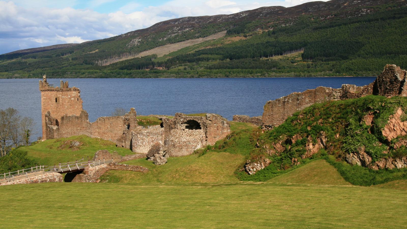 Burgen in Schottland, Burgruinen in Schottland, Geisterschlösser, Schottland, schottisches Spukschloss