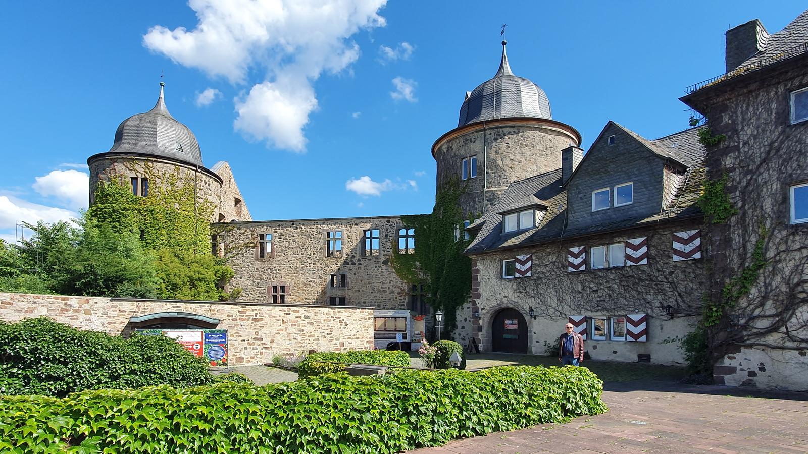 Ausflugstipps für Nordhessen, Urwald und Sababurg, Dornröschenschloss,
