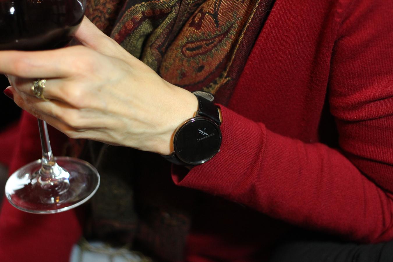Uhr im dänischen Design, schwarze klassische Uhr, Uhr für Männer und Frauen, Alternative zu Daniel Wellington,