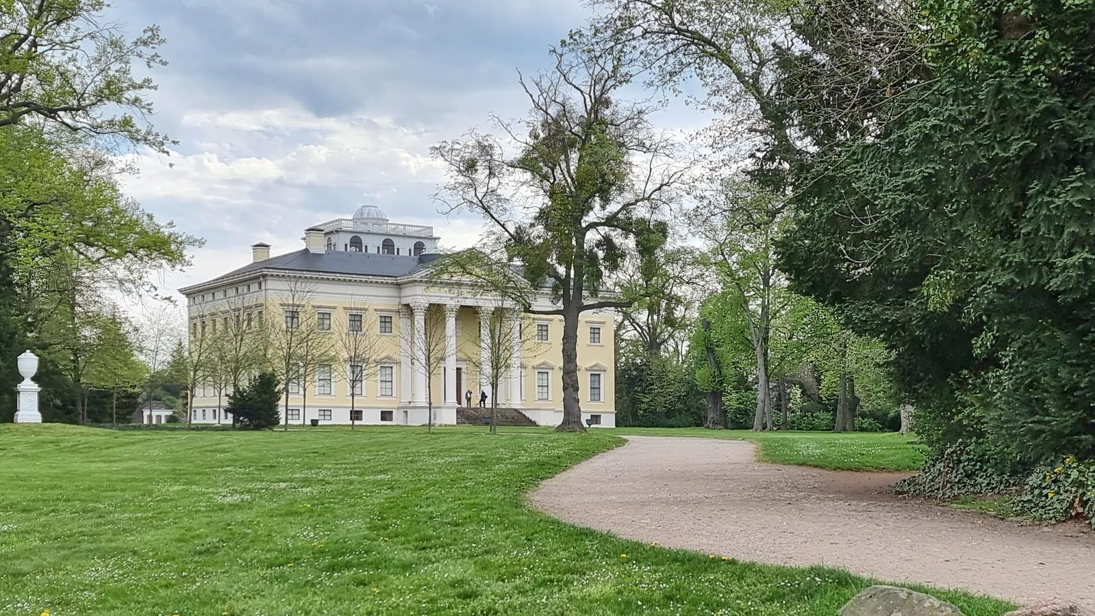 Schloss Wörlitz, Schlösser bei Dessau, Schlösser in Sachsen-Anhalt, Sehenswürdigkeiten in Sachsen-Anhalt